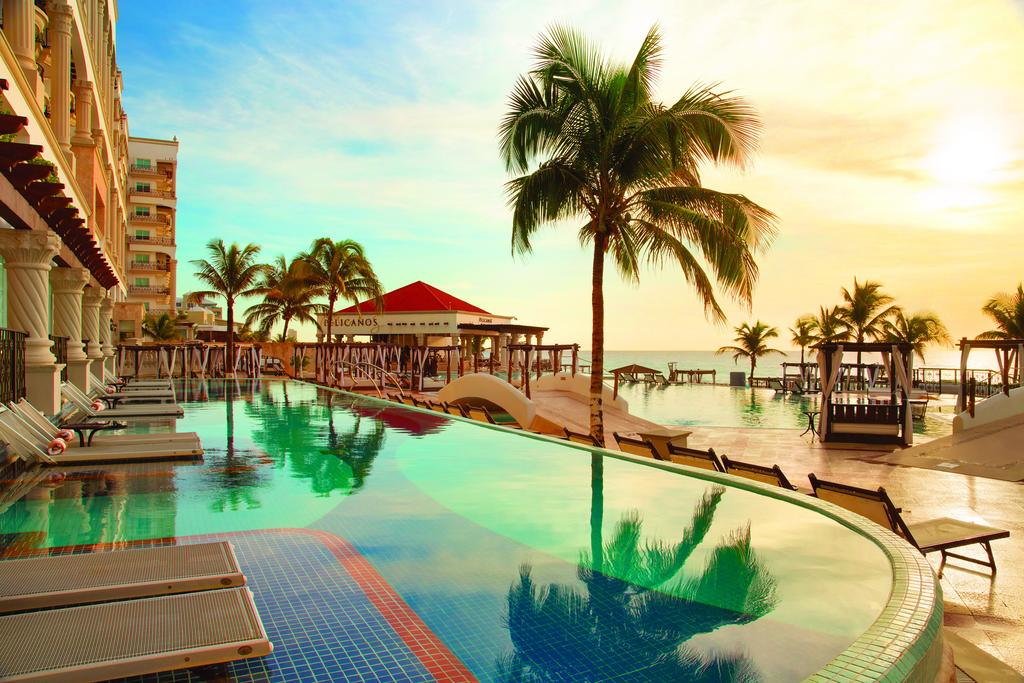 Best hotel in cancun for adults only