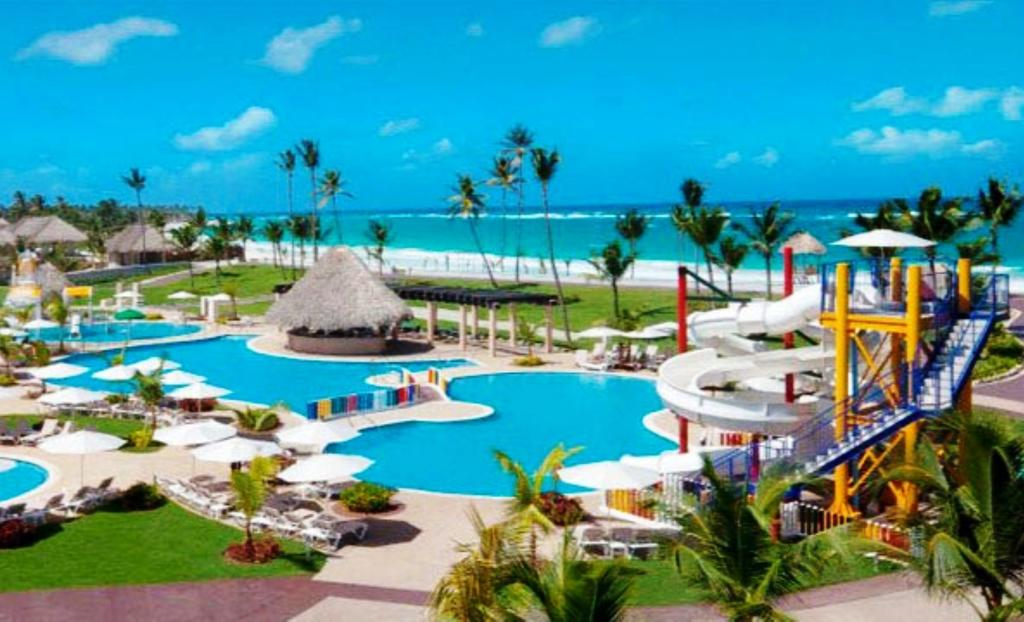 Best all inclusive resorts in cancun for young adults